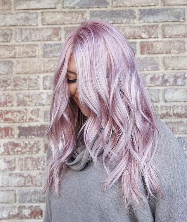 Beauty trends: Purple hair