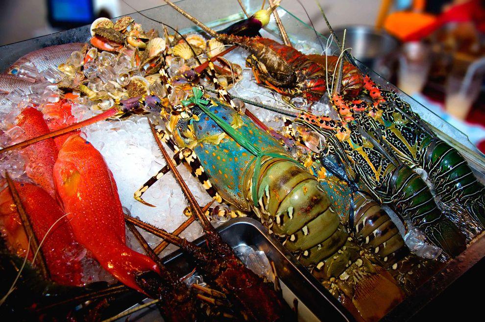 fish market in Boracay