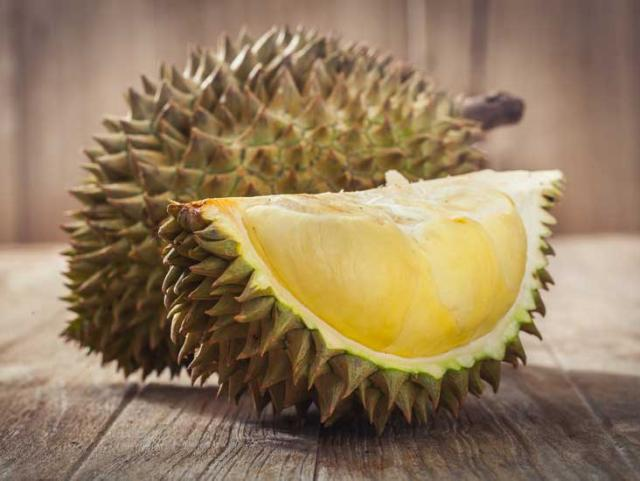 controversatul fruct