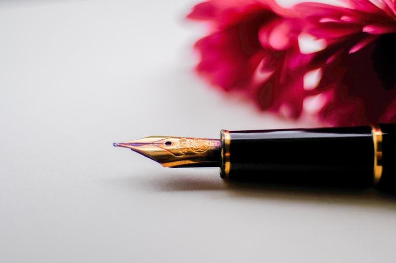 De ce e bine să ții un jurnal personal în care să scrii zilnic